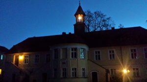 Herrenhaus mit Sternchen.